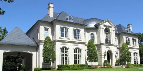 Privatimmobilien wie Anwesen oder eine Luxusvillen, Villa diskret und off market verkaufen mit der Guetig Consulting